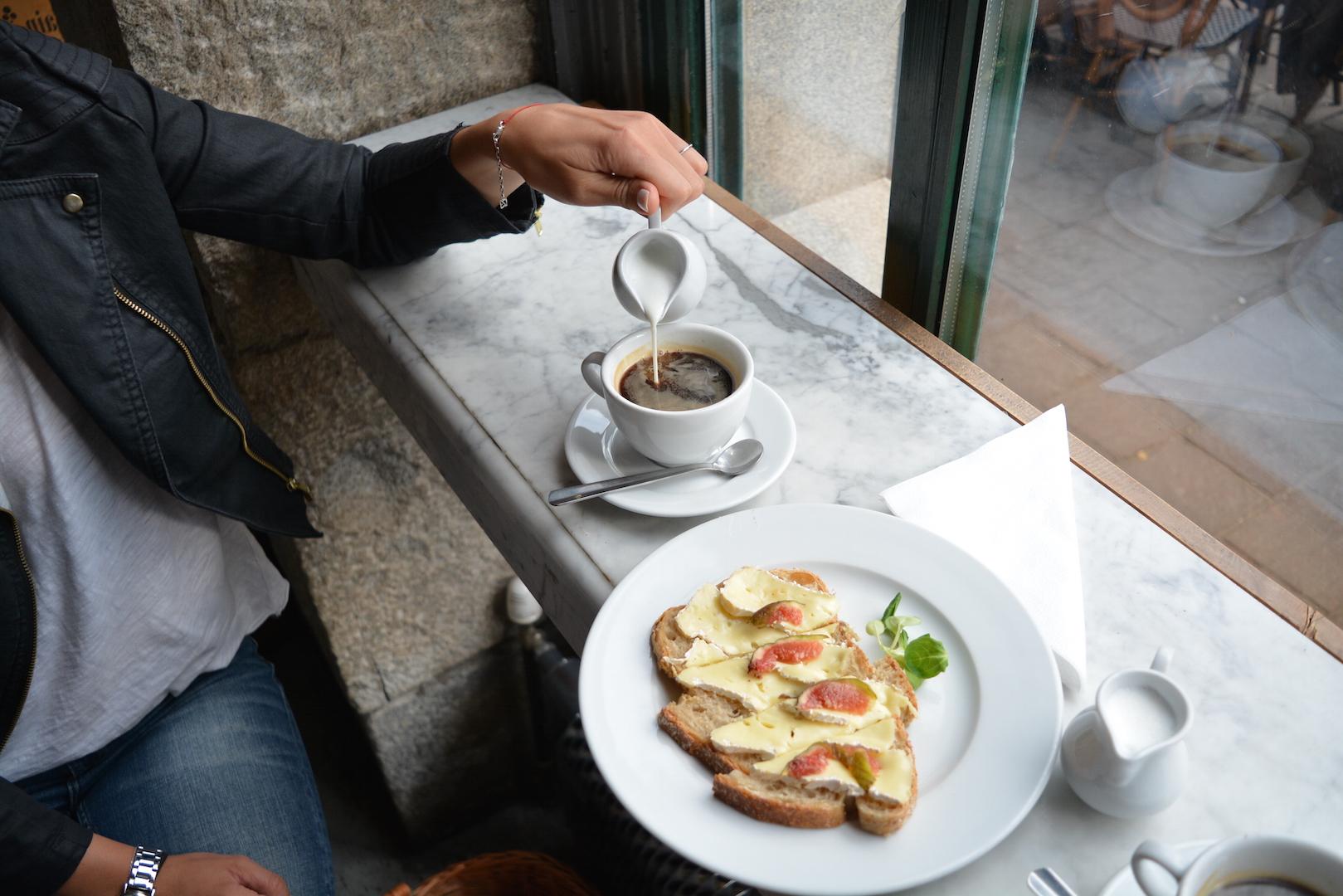 charlotte, chleb i wino, bistro, plac szczepański, kraków, co zjeść w krakowie, gdzie jeść kraków, śniadanie, charlotte chleb wino