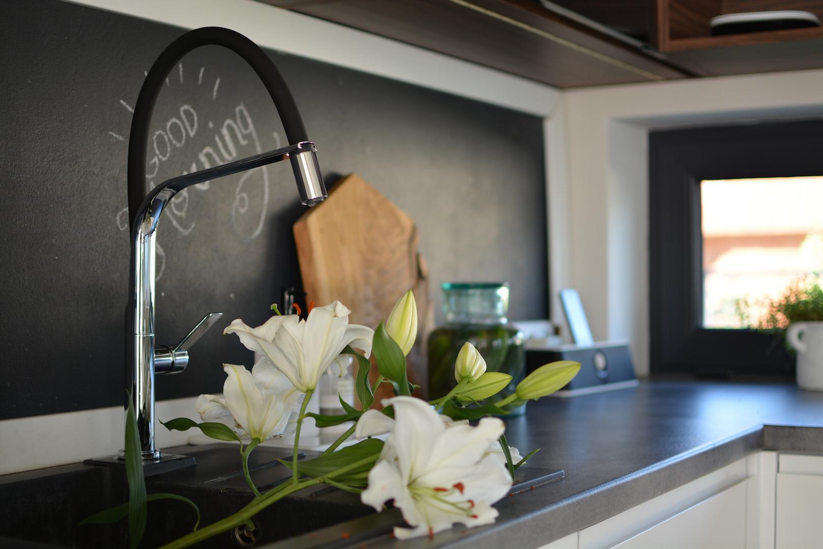 moja kuchnia, styl skandynawski, scandi, kitchen, kuchnia biało czarna, kuchnia nowoczesna, otwarte półki