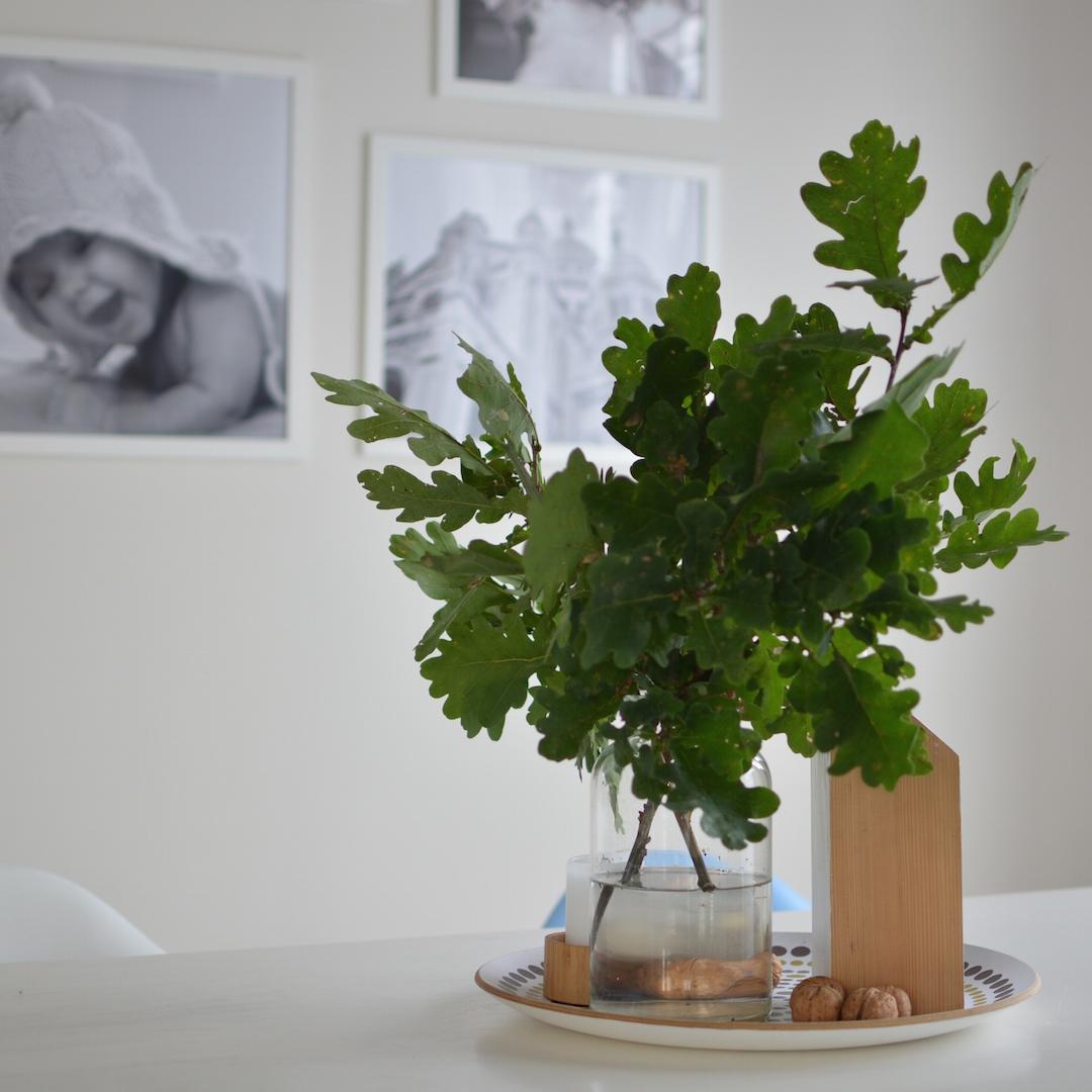 dekoracja-liście-we-wnętrzu