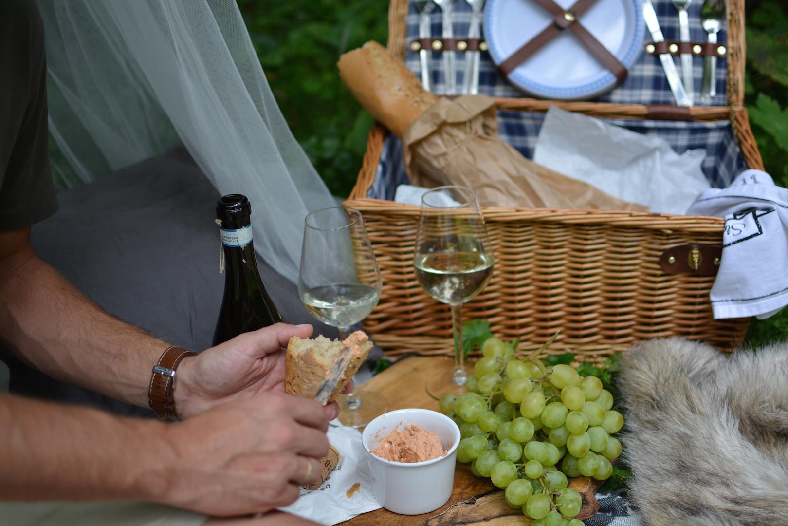 piknik-w-lesie-kosz-piknikowy-10