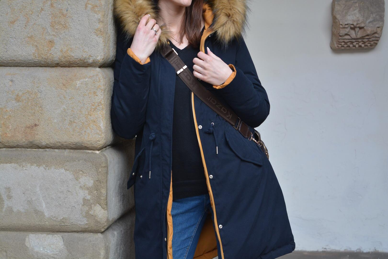 płaszcz zara, dwustronny płaszcz, torebka kazar, buty reebok, najpiękniejsze zimowe wspomnienia, zima, spacer, niepołomice, śnieg , zimowa stylizacja
