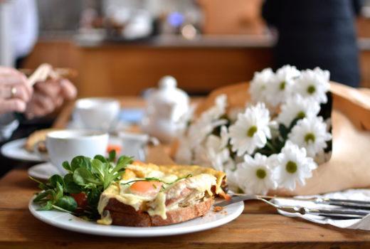 5 najlepszych miejsc na śniadanie w krakowie, gdzie jeść w krakowie, śniadanie kraków, alchemia od kuchni, krakowski kazimierz, charlotte chleb i wino, na śniadanie